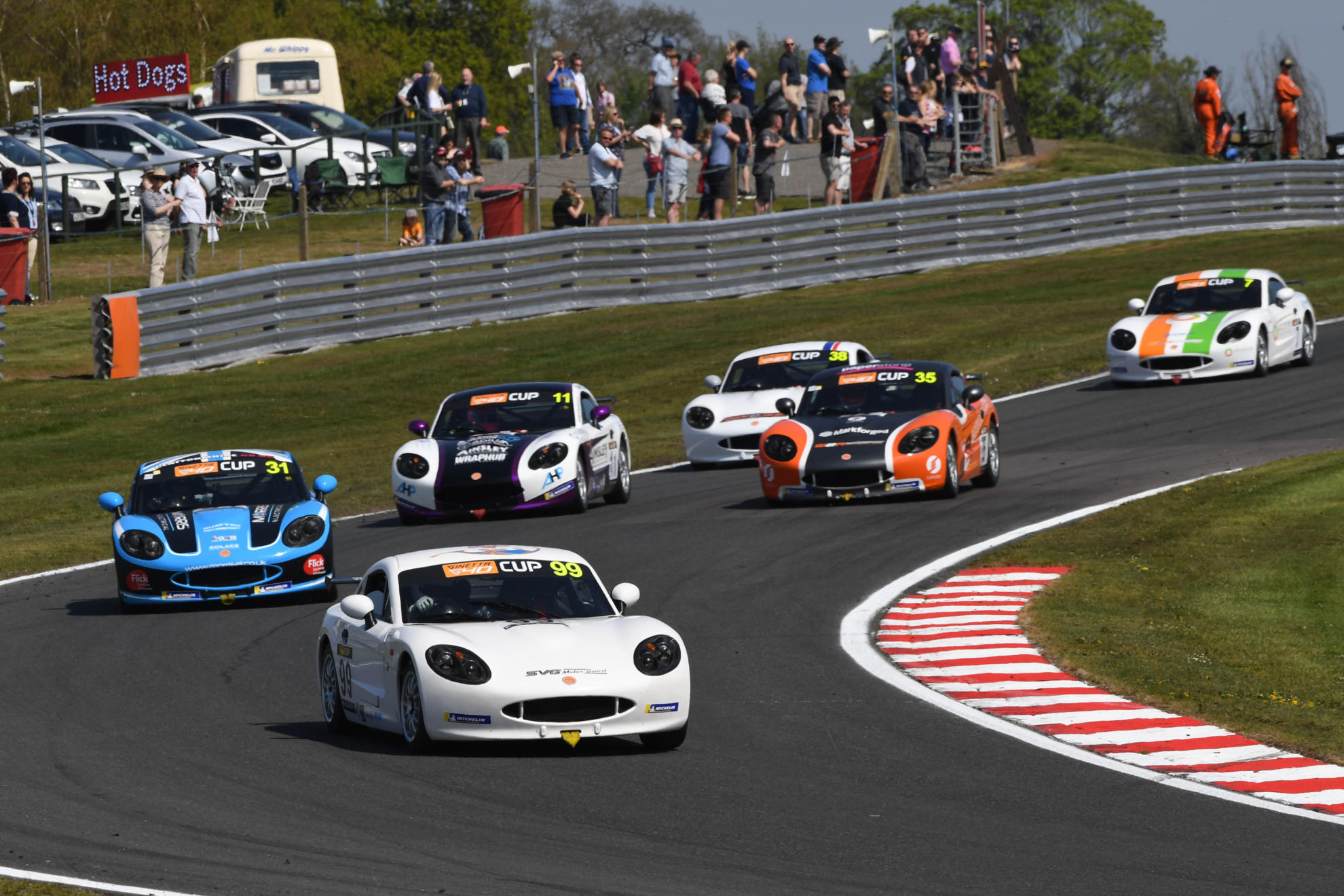 Perfect Start For Alistair Barclay With Ginetta G40 Cup Hat-Trick