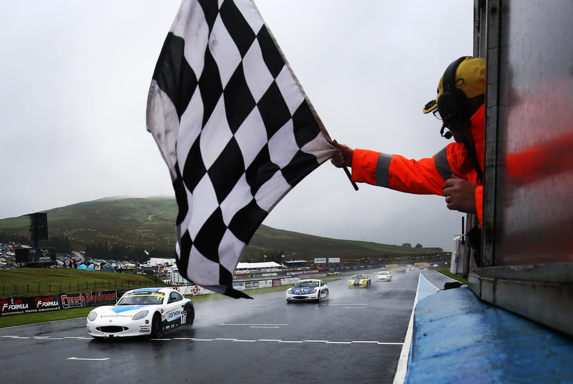 Foster Sweeps Sunday's Junior Races at Knockhill