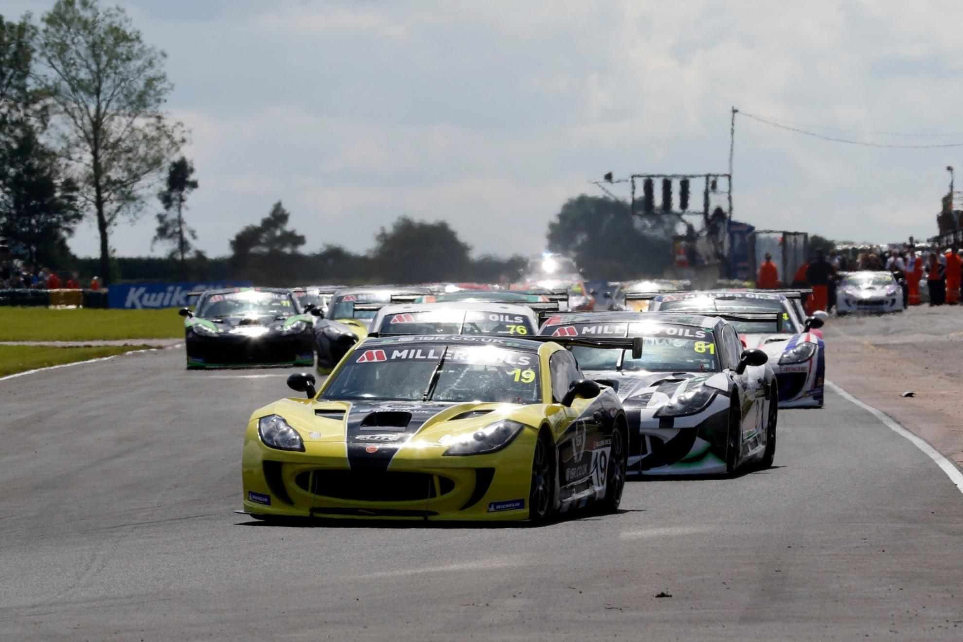 King Stars At Croft With Double Millers Oils Ginetta GT4 SuperCup Victory