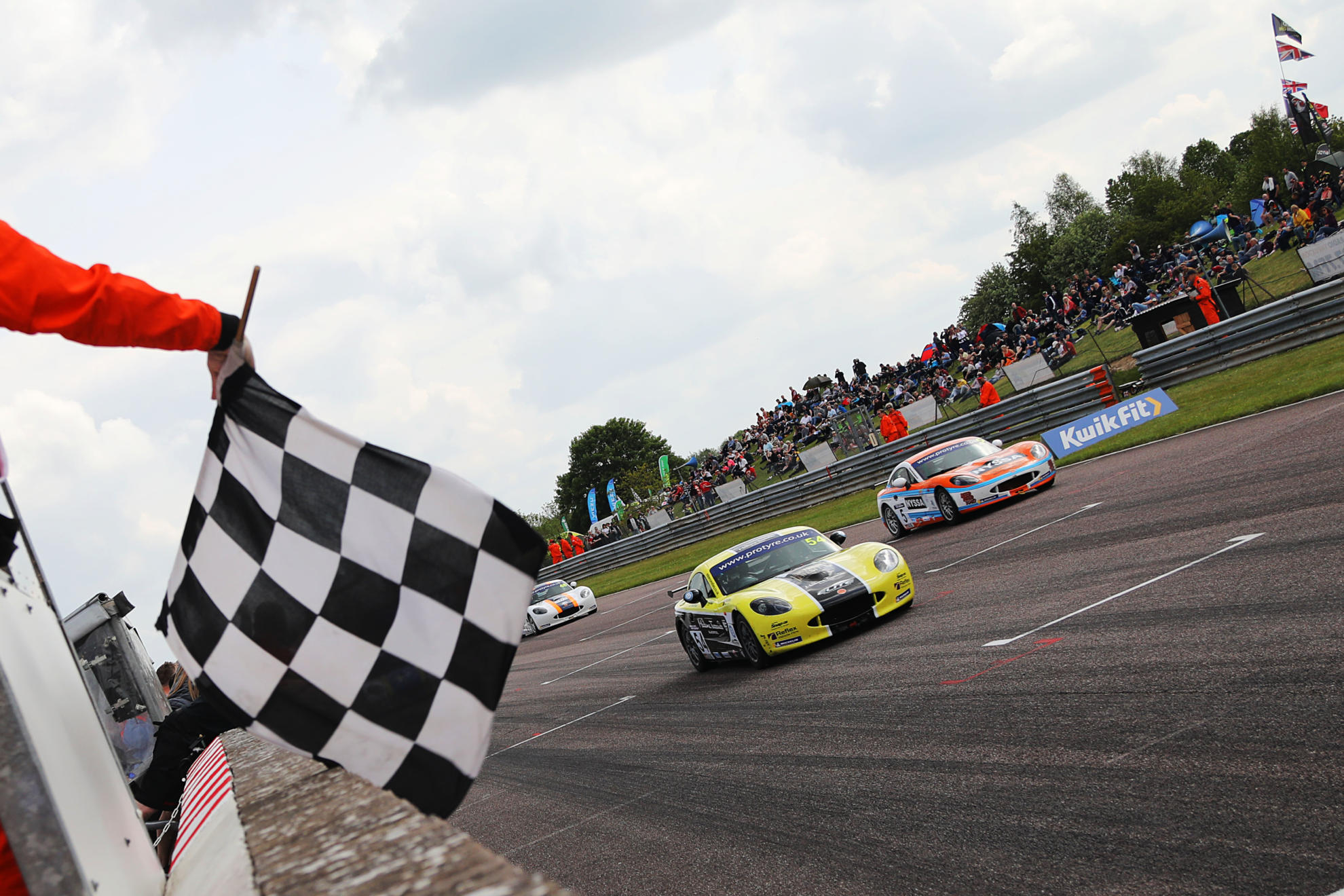 Thruxton Delight For Nicosia And Smalley With Protyre Motorsport Ginetta GT5 Challenge Victories