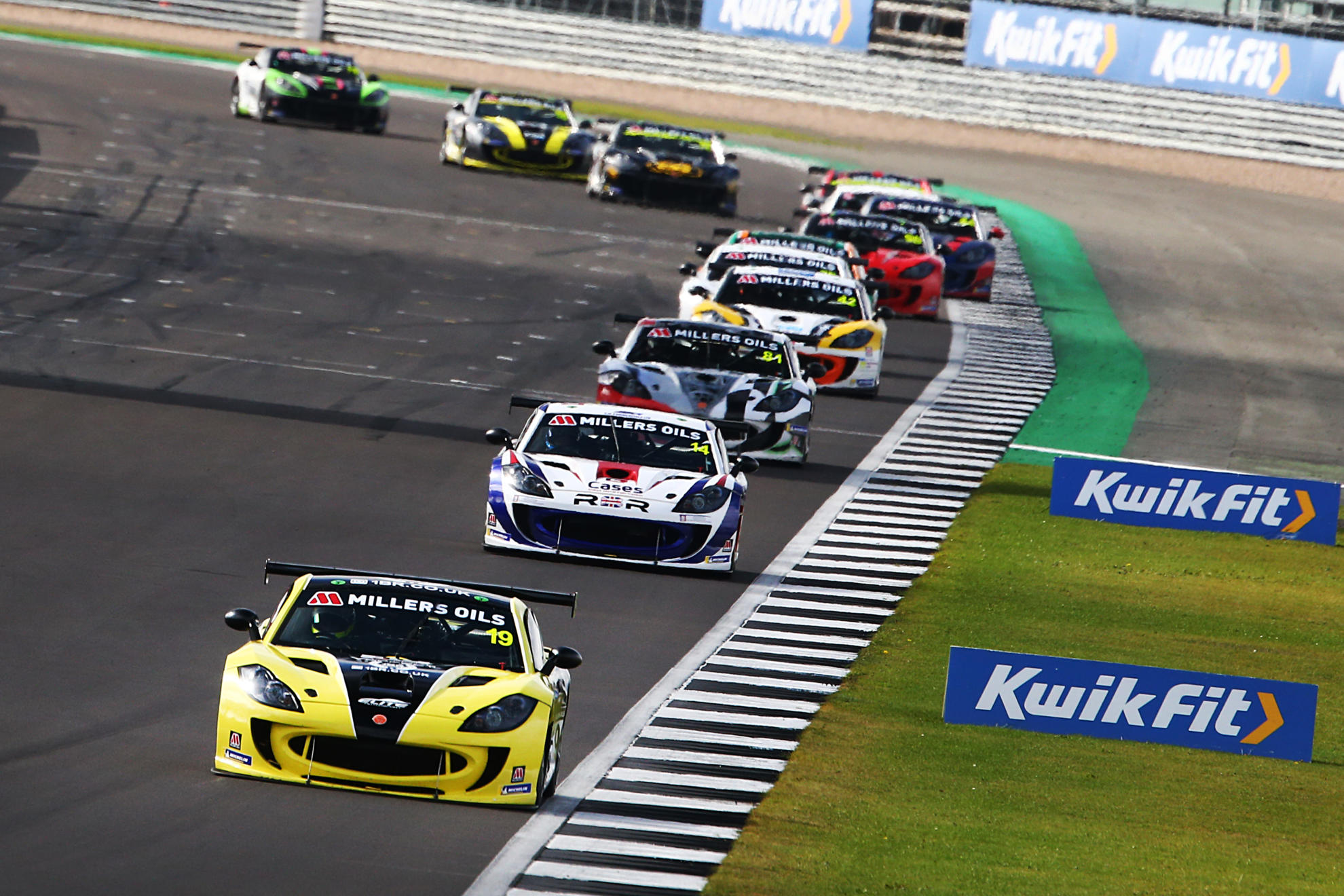 Harry King Takes Championship Lead With Silverstone Double