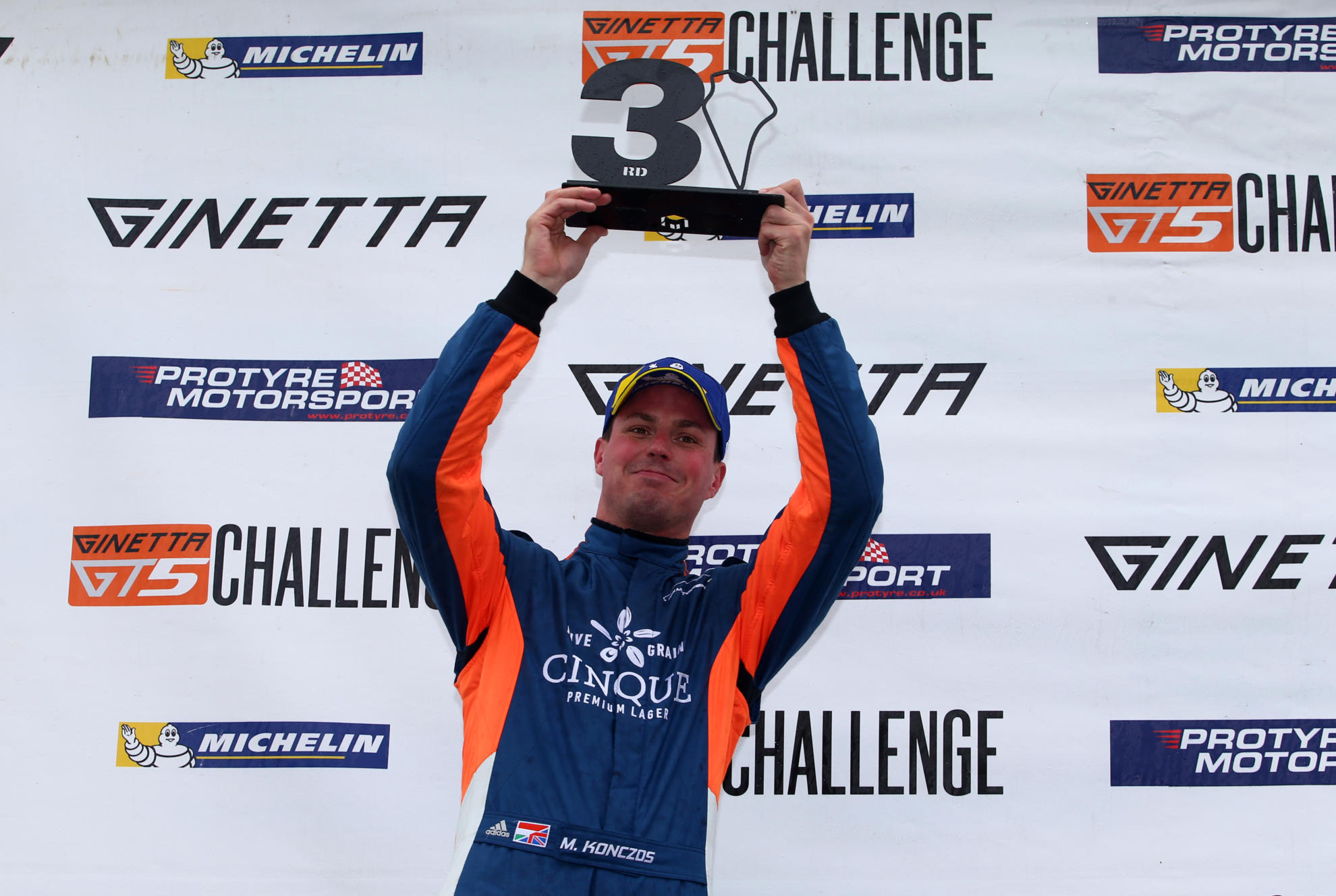 Konczos Stays With Fox Motorsport For Ginetta GT5 Challenge