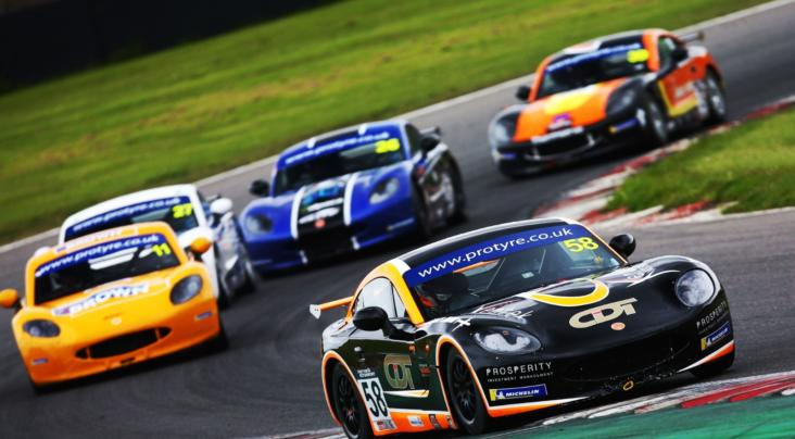 Steed And Bennett Take The Brands Hatch Wins In Ginetta GT5 Challenge