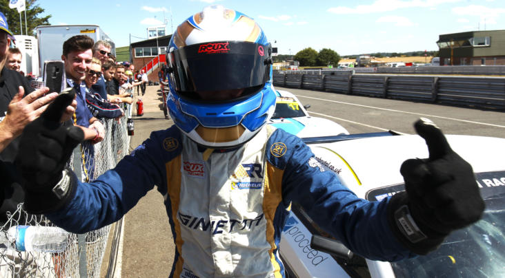 Browning and Foster Share The Spoils At Donington