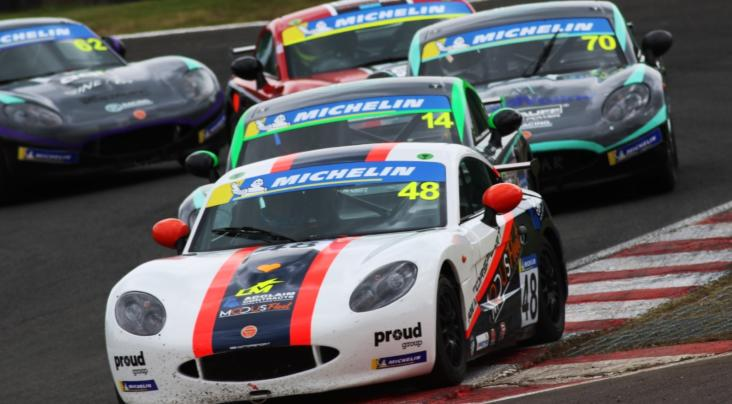 McNeilly Battles To Ginetta Junior Victory At Oulton Park