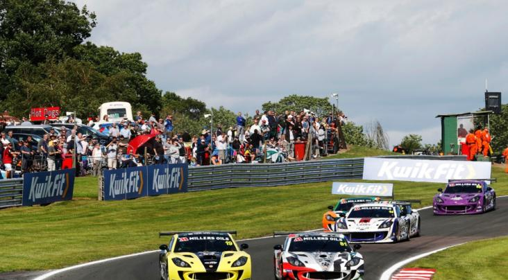 Hibbert And King Share The Oulton Park Wins In Millers Oils Ginetta GT...