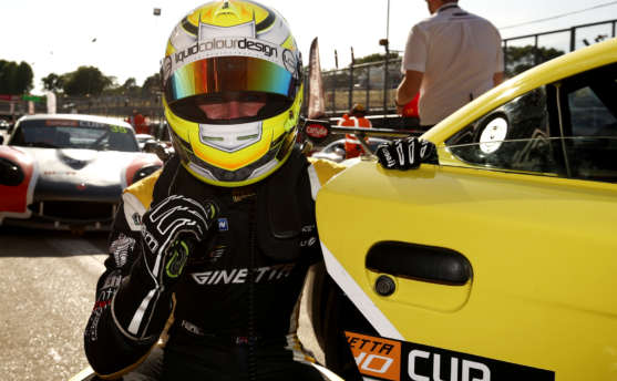 Supreme Saturday for King At Brands Hatch
