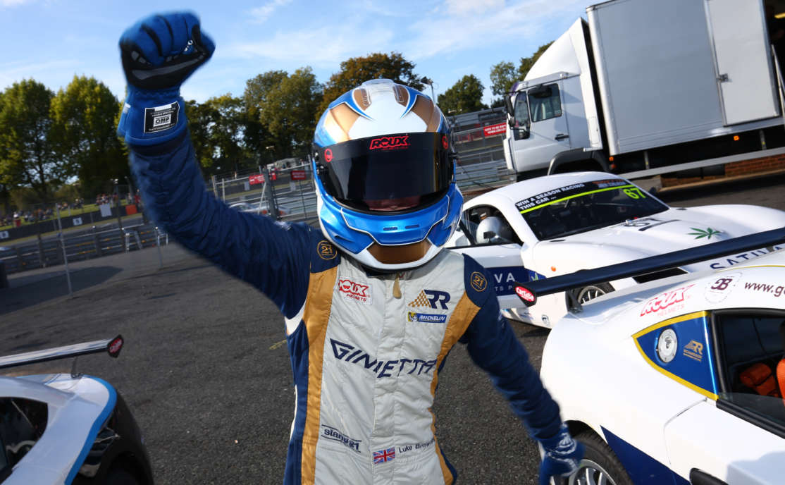 Browning Wins Junior Championship Race 1 at Brands Hatch